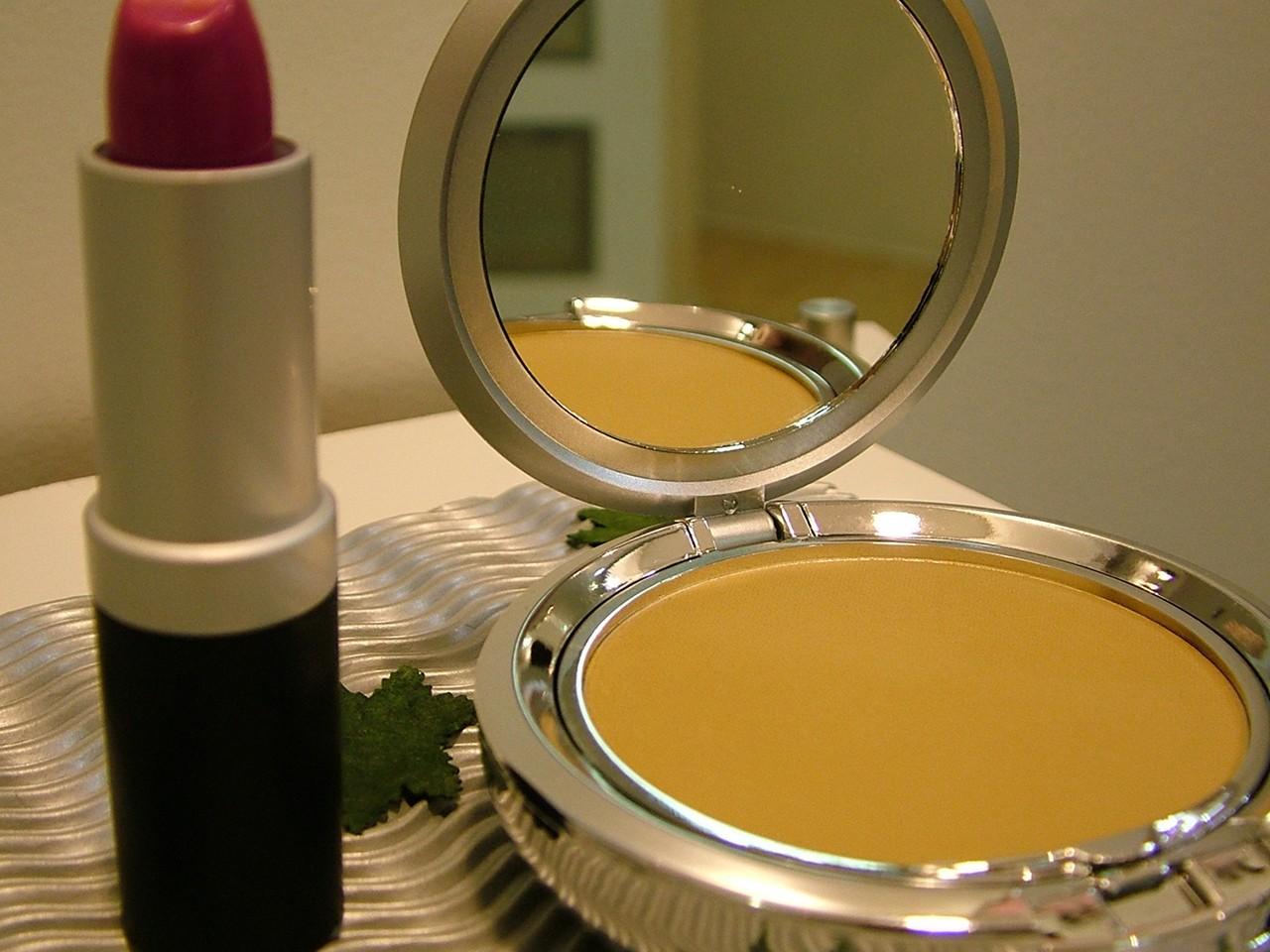 Oszczędzaj czas z makijażem